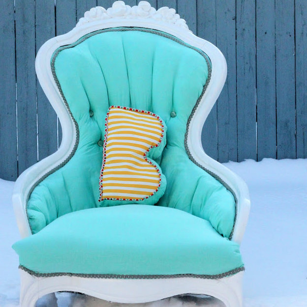 how to make a monogram throw pillow
