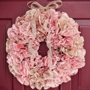 DIY spring wreath (made of doilies!)