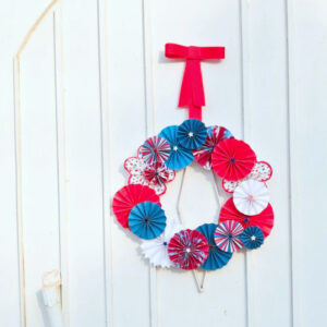 red (white and blue) tutorial- patriotic pinwheel wreath