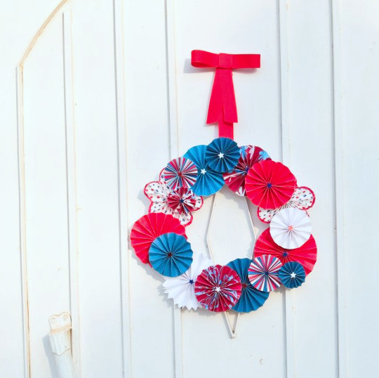 4th of July pinwheel wreath