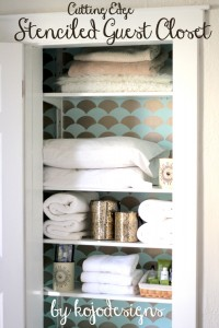 stenciled guest closet by kojodesigns