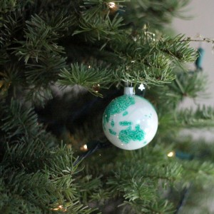 how to make a world globe ornament