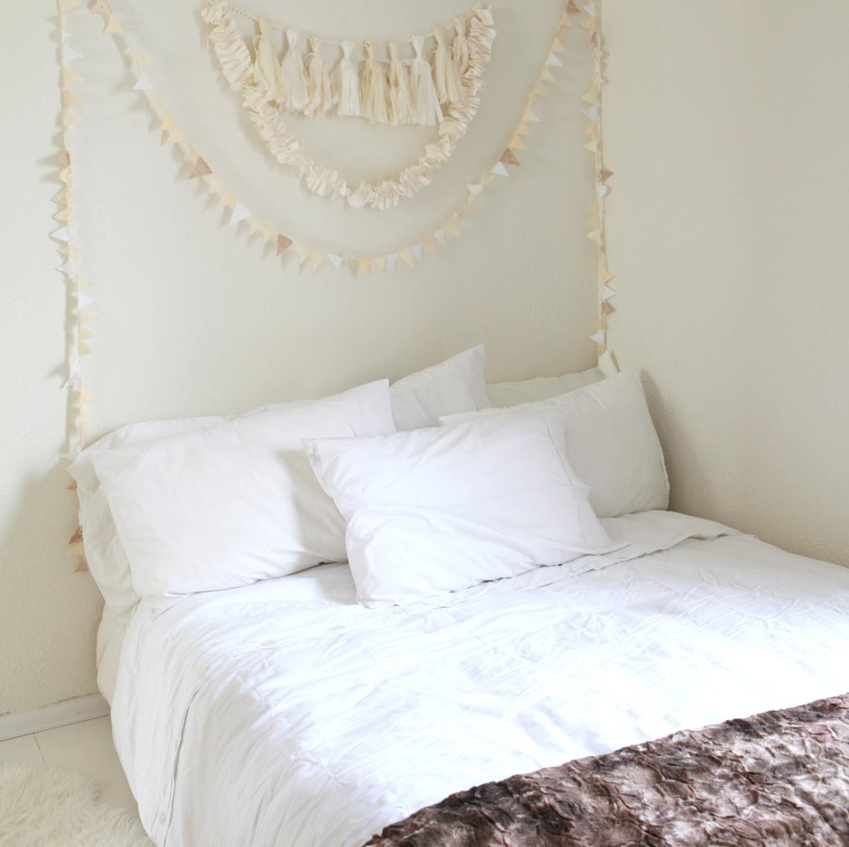 white buntings