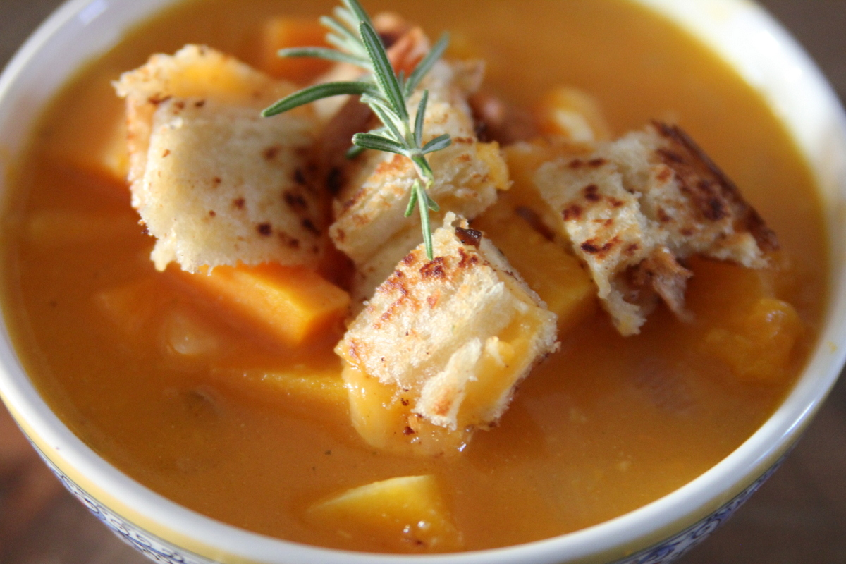 how to make grilled cheese croutons for soup