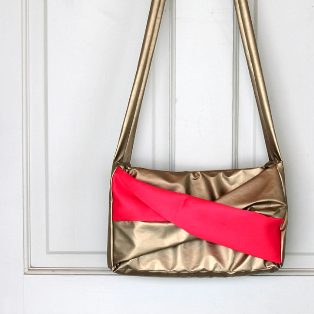 neon and gold purse tutorial