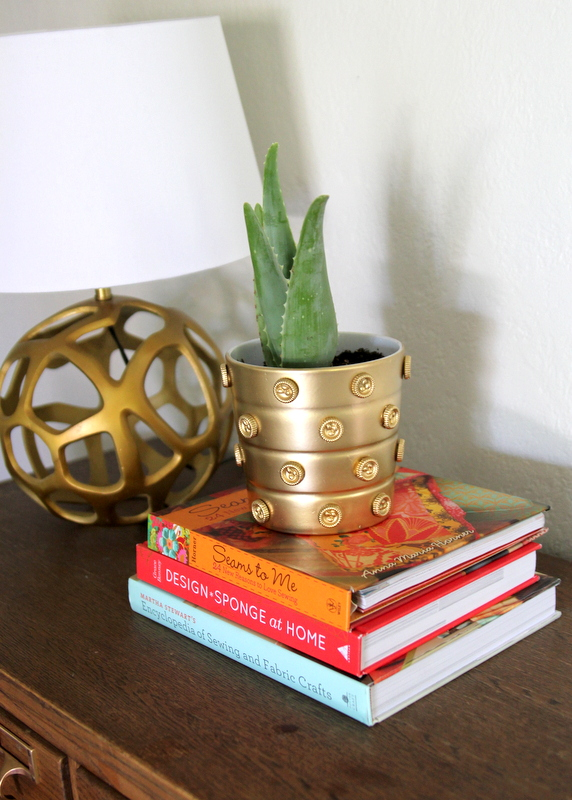 DIY gold vase by kojodesigns