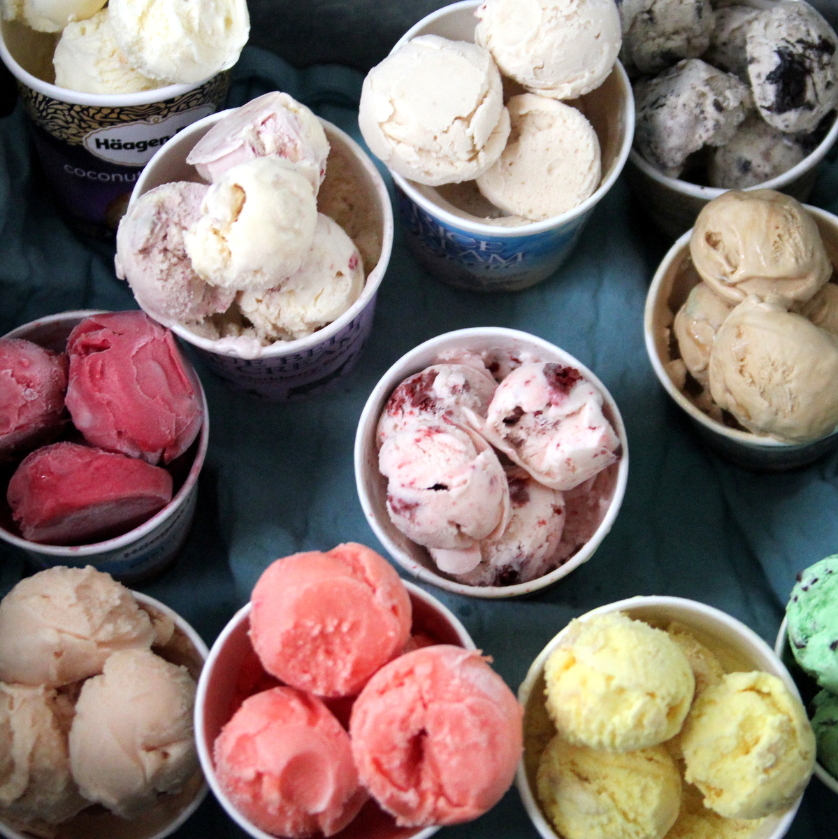 summer's best trick- pre-scoop ice cream to make summer parties easier
