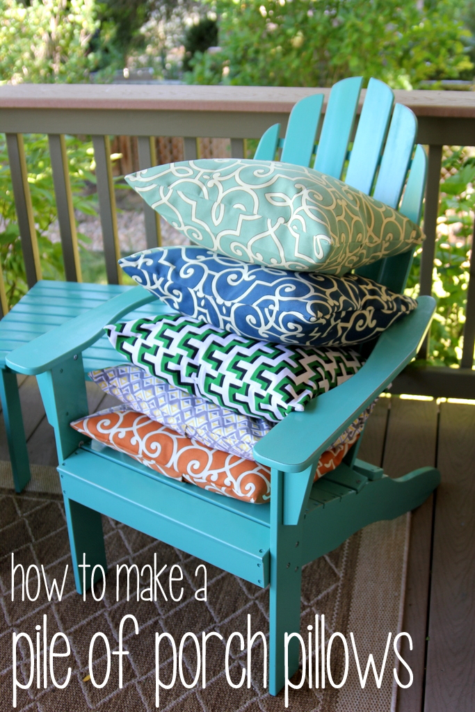 how to make a pile of outdoor pillows