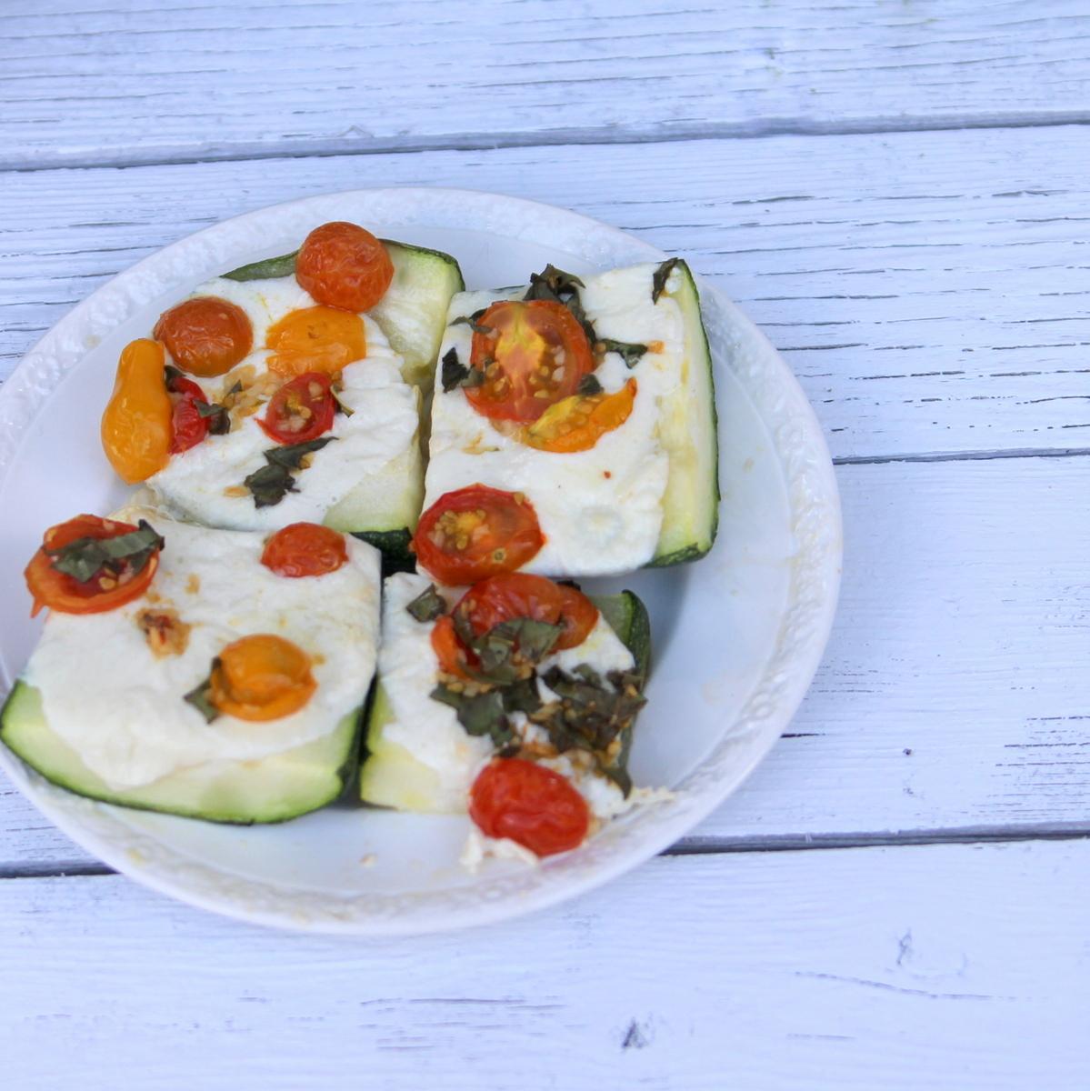 zucchini caprese boat recipe