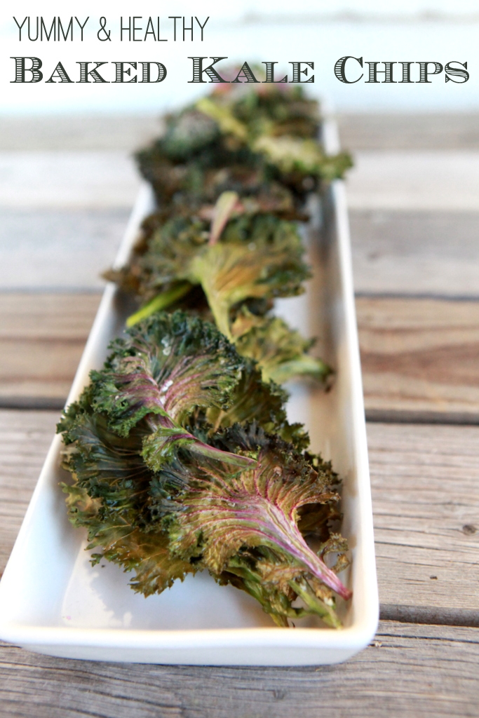 how to make baked kale chips (just kale, olive oil, herbs and salt)