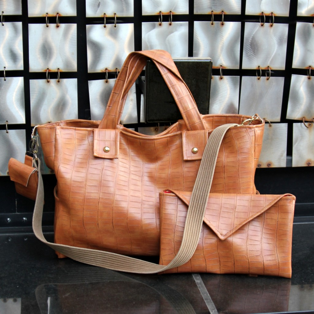 coach_inspired_diaper_bag