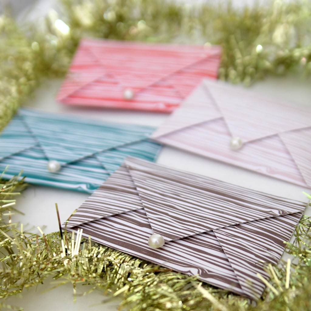 faux bois free printable gift card holder