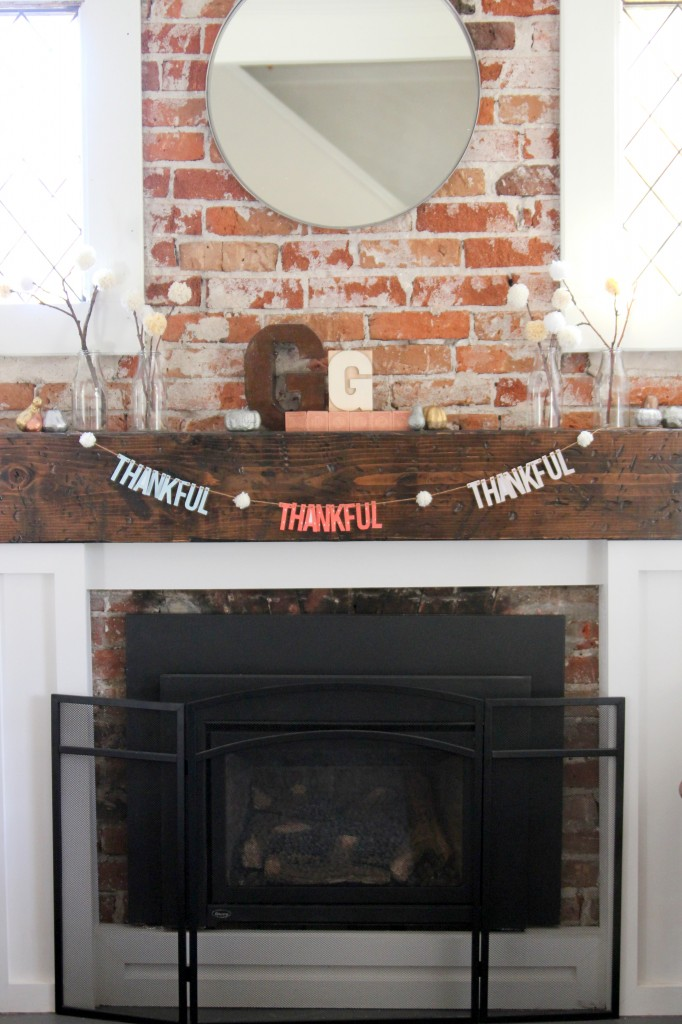 fall mantel and free thankful garland printable