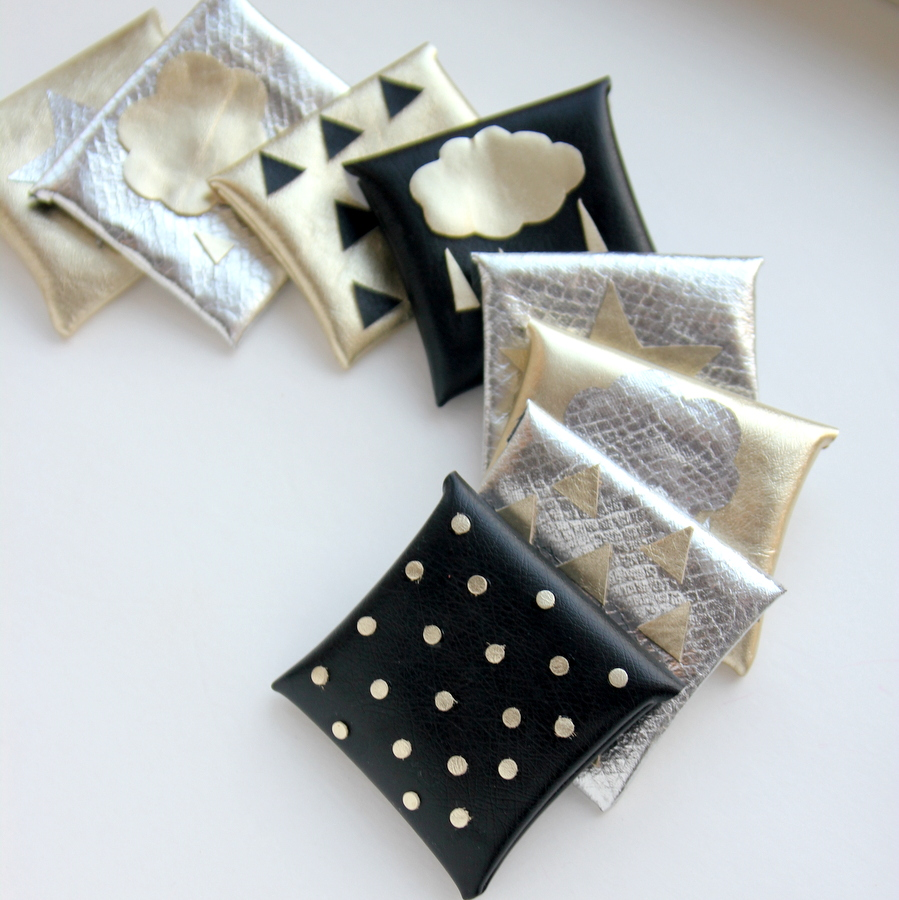 metallic_gift_card_holders