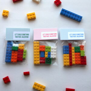 "free printable valentines- ""let's build"" lego bag labels"