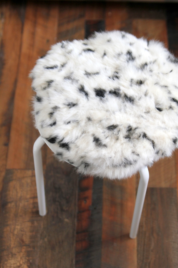 IKEA hack- how to make a faux fur topped stool using a $6 IKEA stool