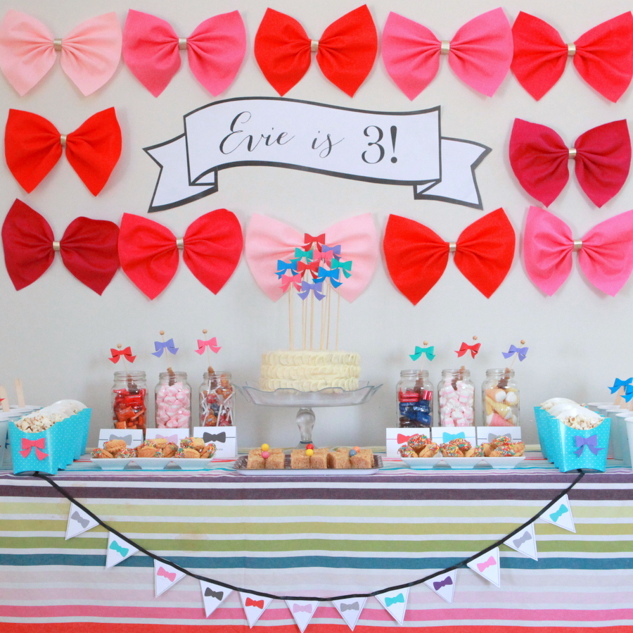 evie's bow themed birthday party