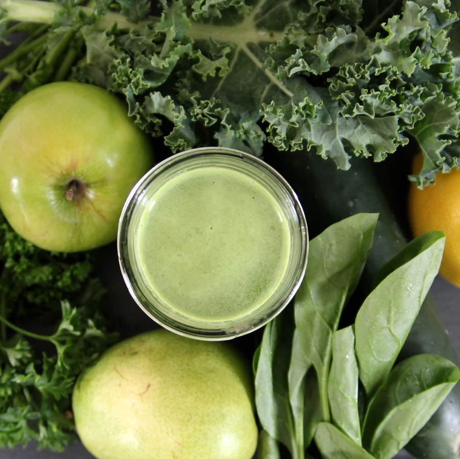 juicing combinations- green juice plus lemon
