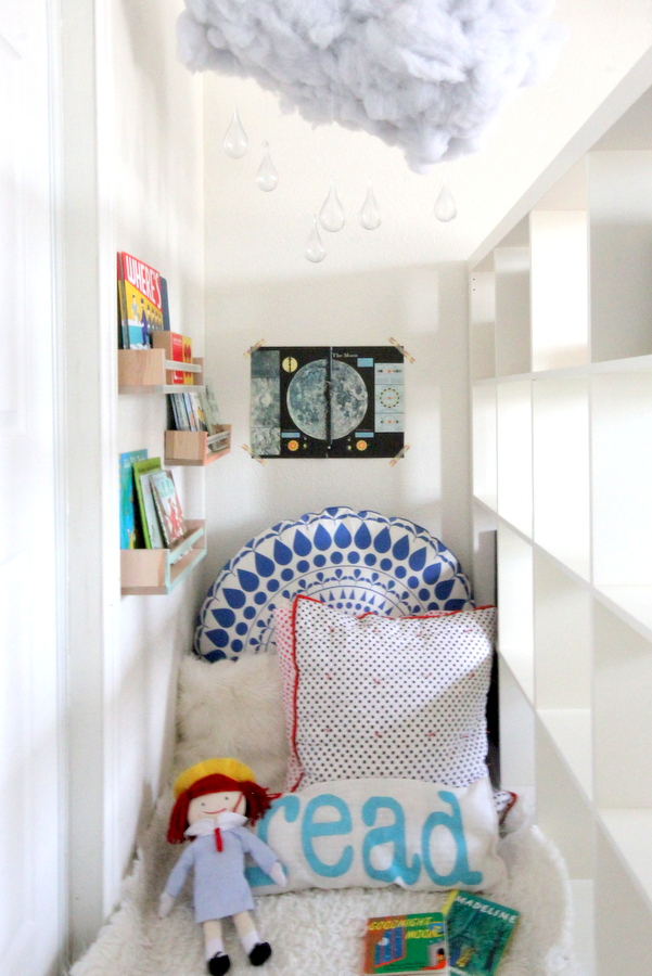 cozy reading nook in a kid's room- kojodesigns