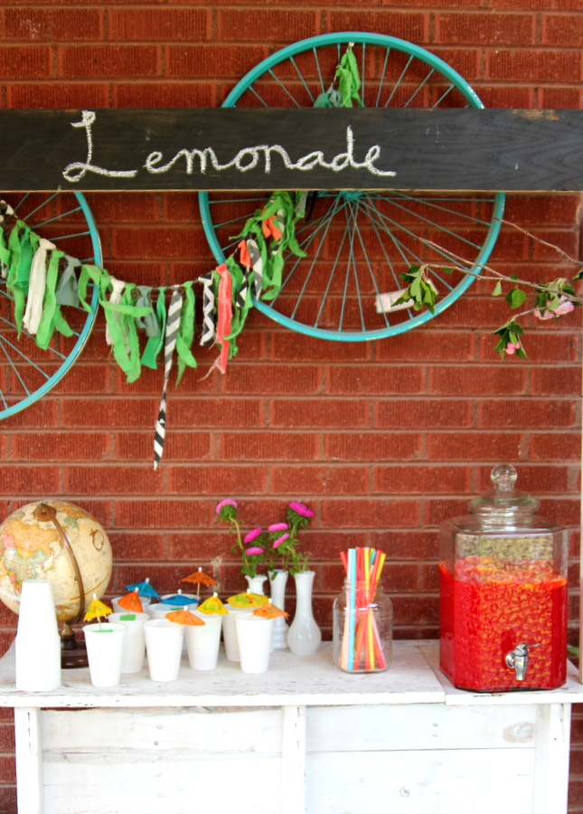 party lemonade stand
