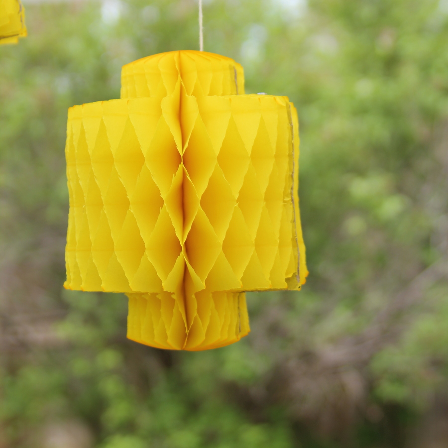Lego birthday party decor ideas- Lego head paper lanterns