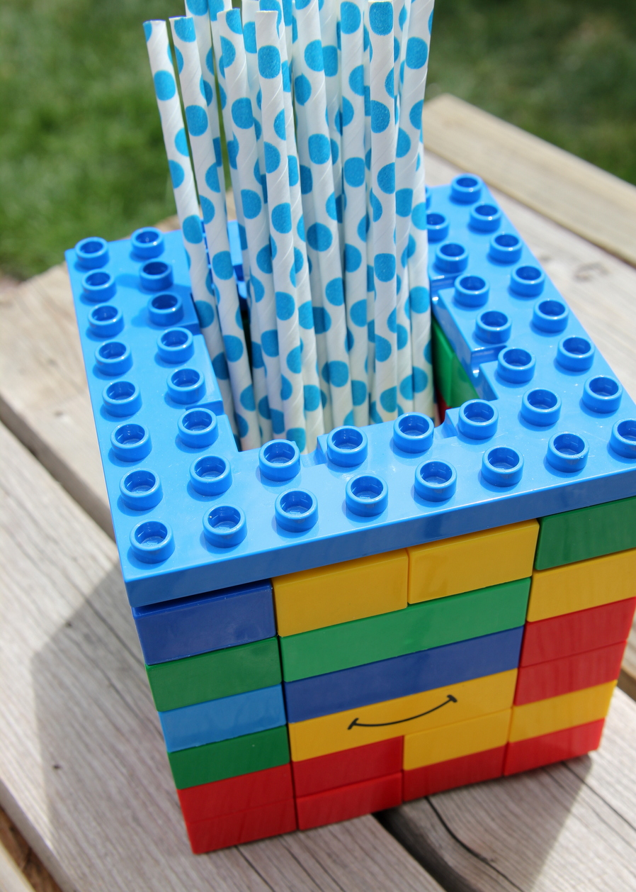 Lego birthday party- full of DIY ideas for a Lego party!