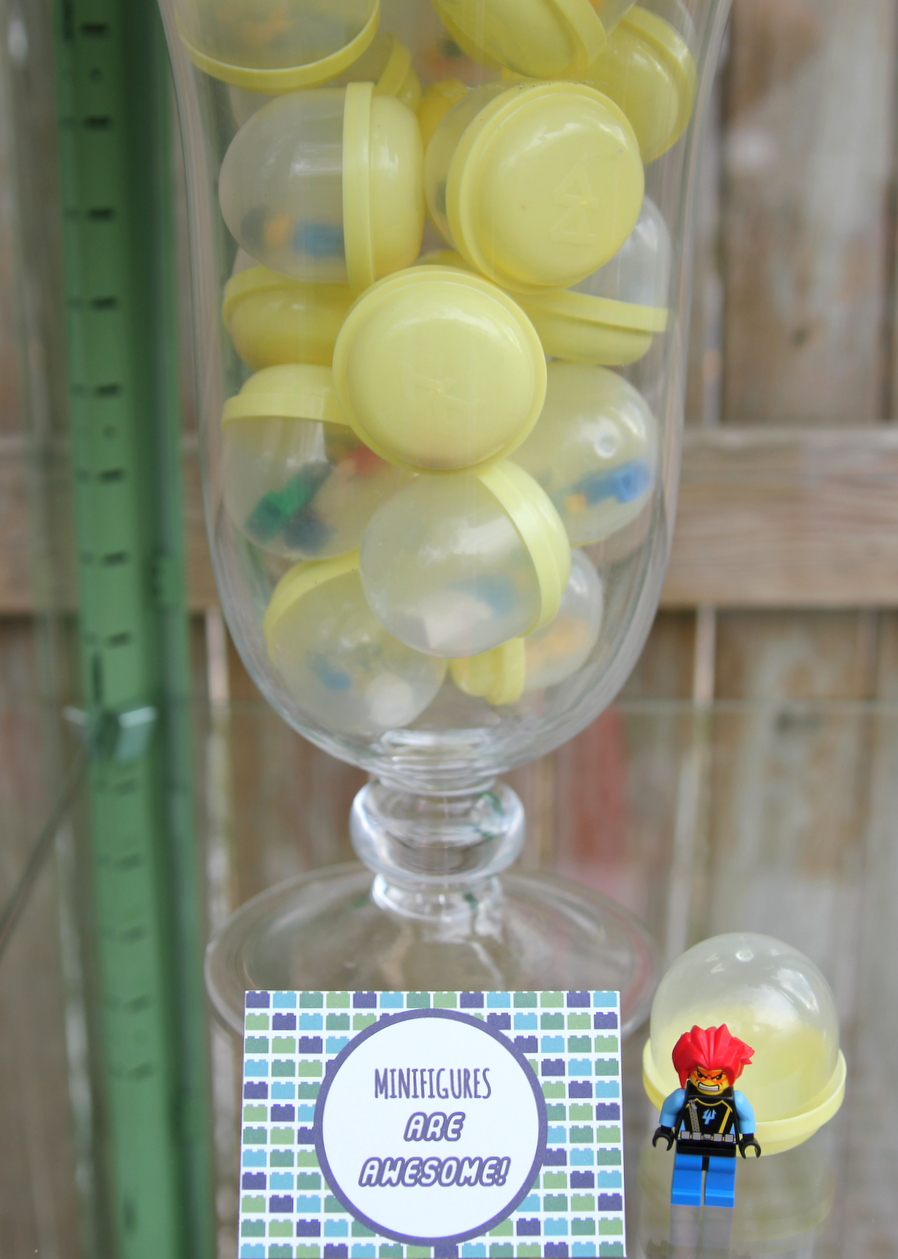 Lego birthday party favor ideas- mini figure 'capsules'