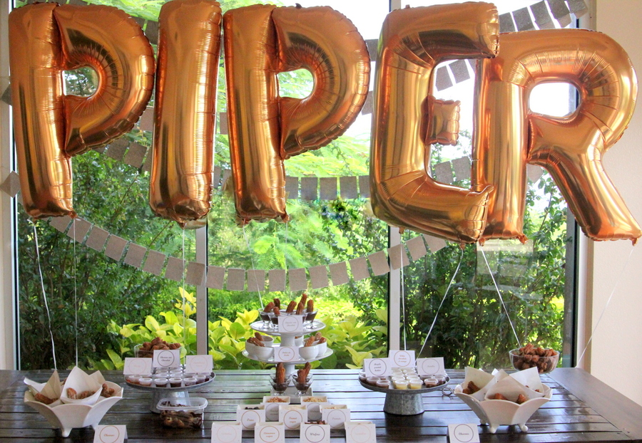 glitter party decor- big gold metallic balloons