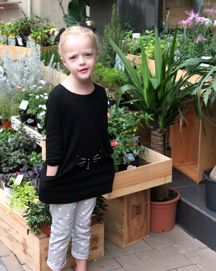 how to make a kitty tunic (with a free printable kitty face template)