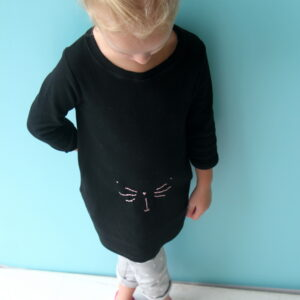 DIY kitty tunic (with free embroidery template)