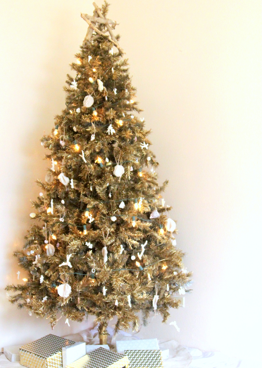our beach y gold christmas tree - Christmas Tree Smell