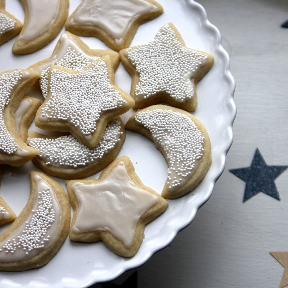 how to make perfectly perfect sugar cookies- sugar cookies intimidate me, but this post has tips for making the cookies and tips for the frosting as well!