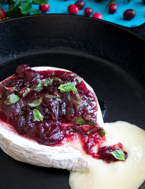 baked brie with cranberry