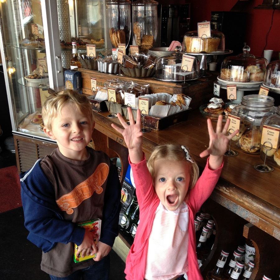 Heading to Denver? This list of Denver Must-See's is great for families!