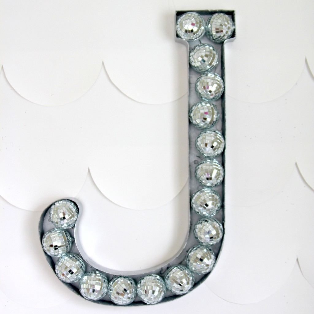 How to DIY a perfectly rock star-ish monogram for a party or room decor!