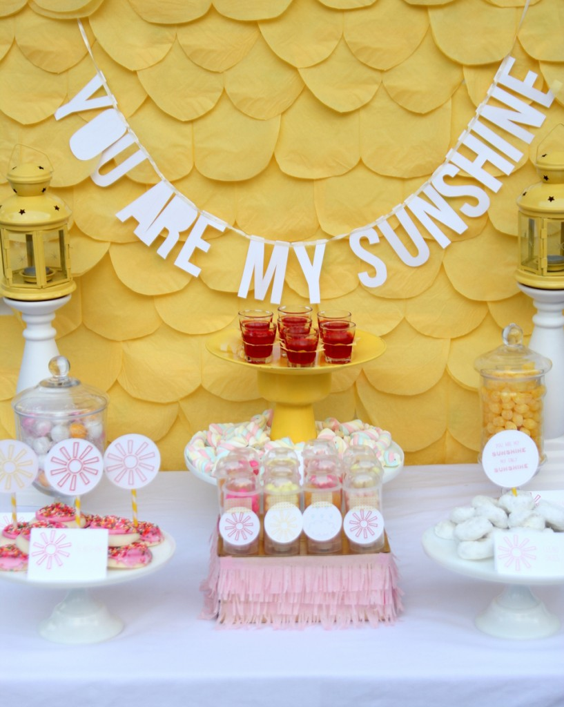 Beautiful You Are My Sunshine Shower (and A Bunch Of Cheerful Spring Baby Shower Ideas )