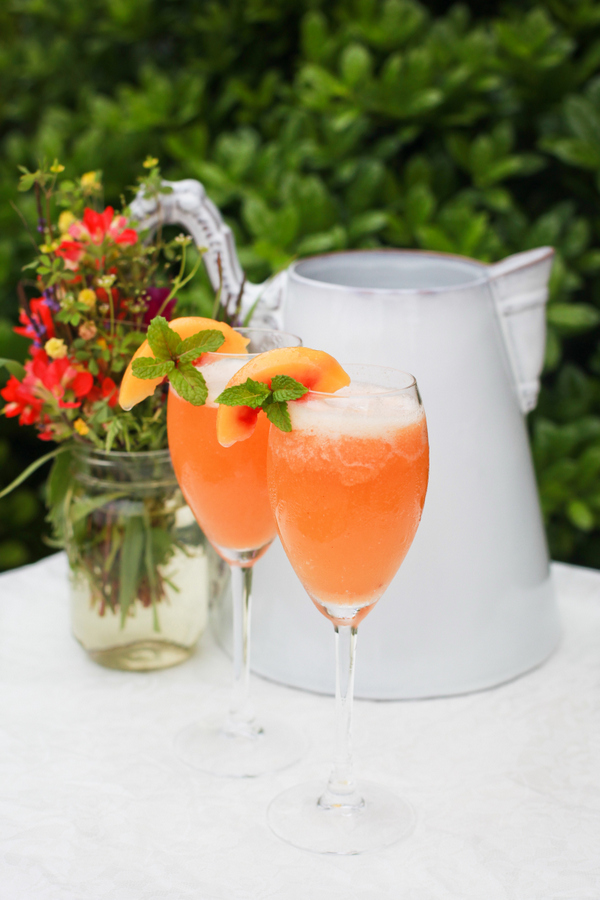 easy peach bellinis