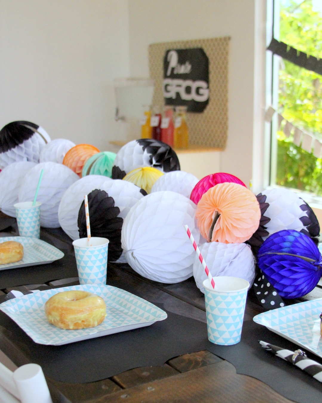 bright_and_modern_birthday_party_ideas-pirate_themed_party