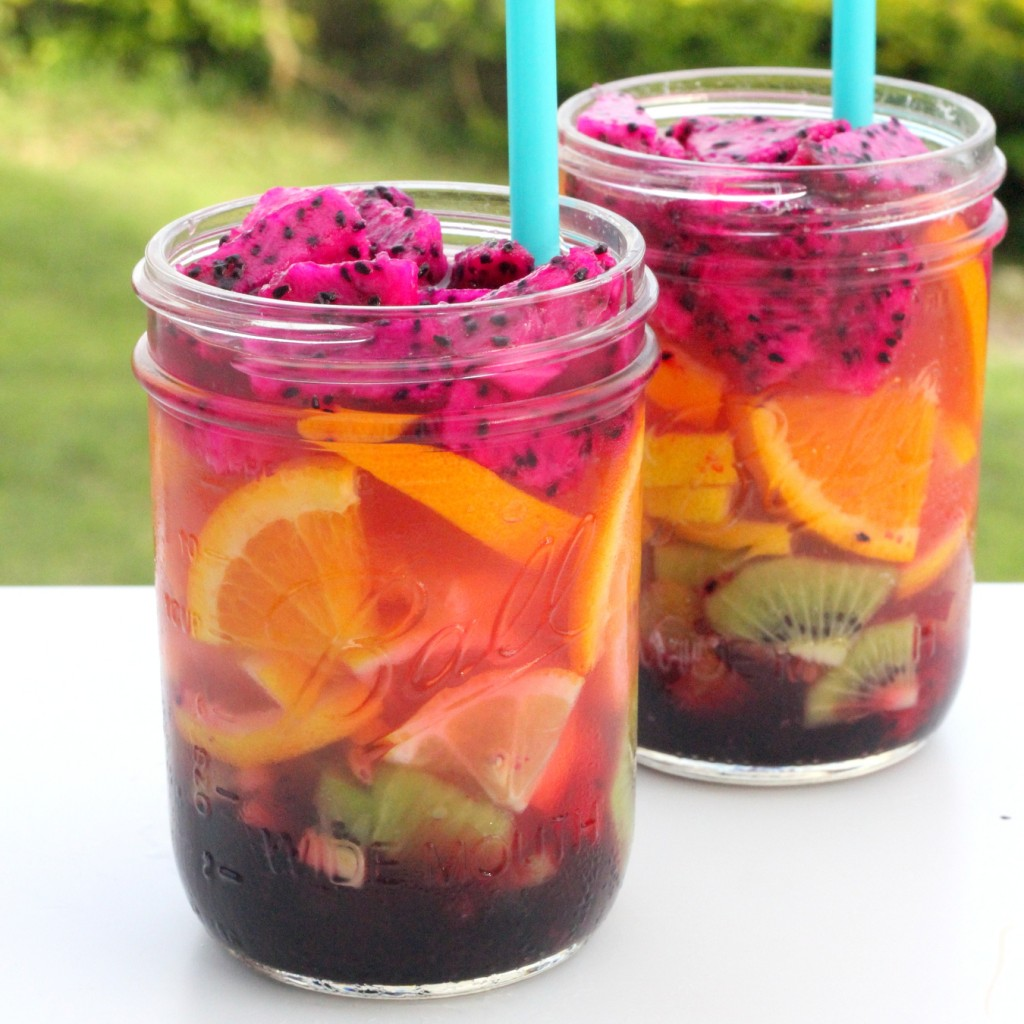 Summer's best sips- rainbow fruit layered lemonade (so fun, and yet SO easy!)