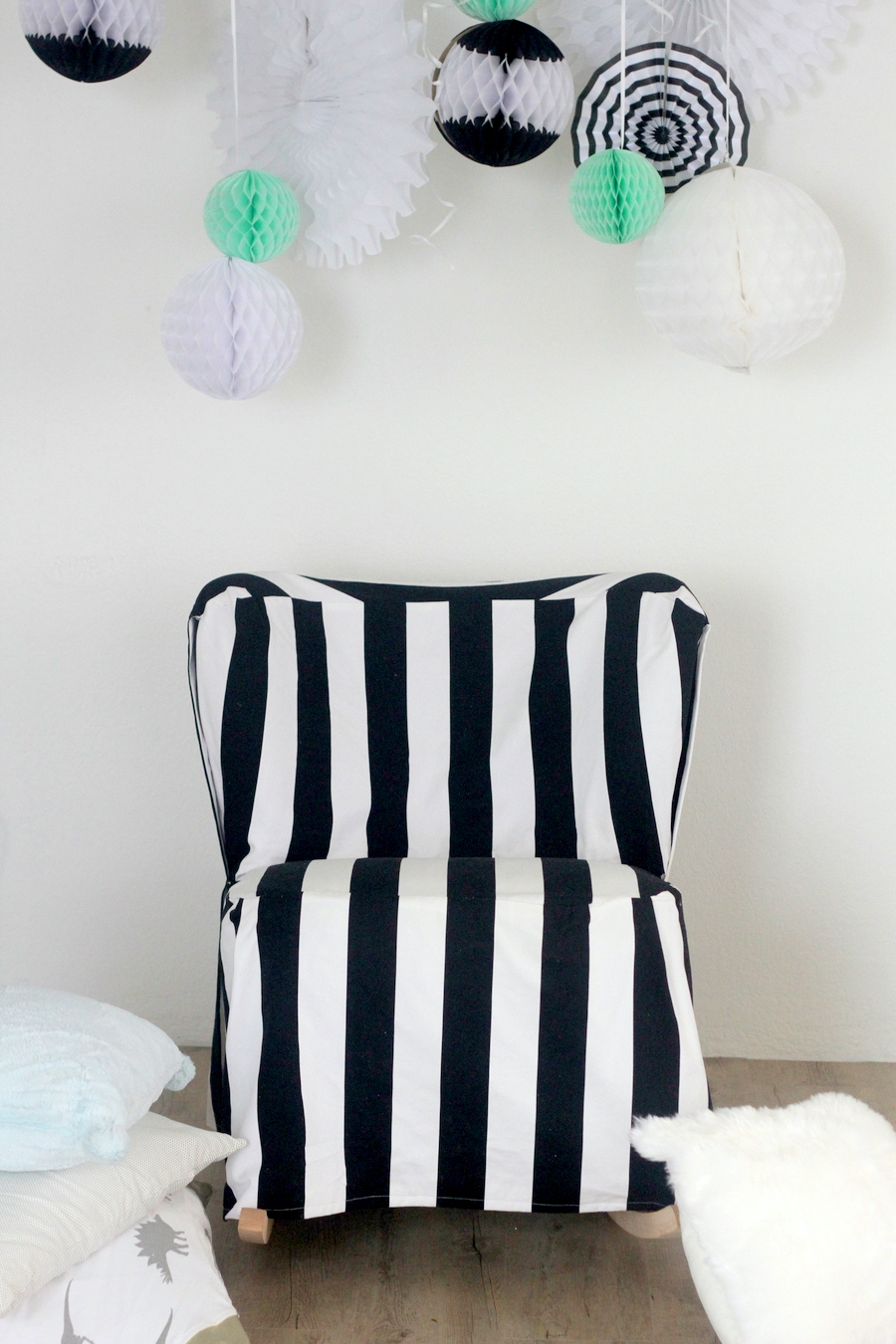 simple chair cover- black and white stripes (and easy to do!)