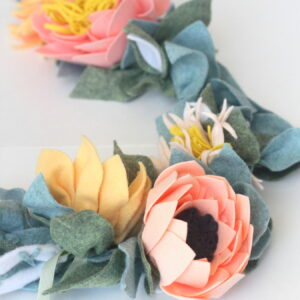 gorgeous felt flowers