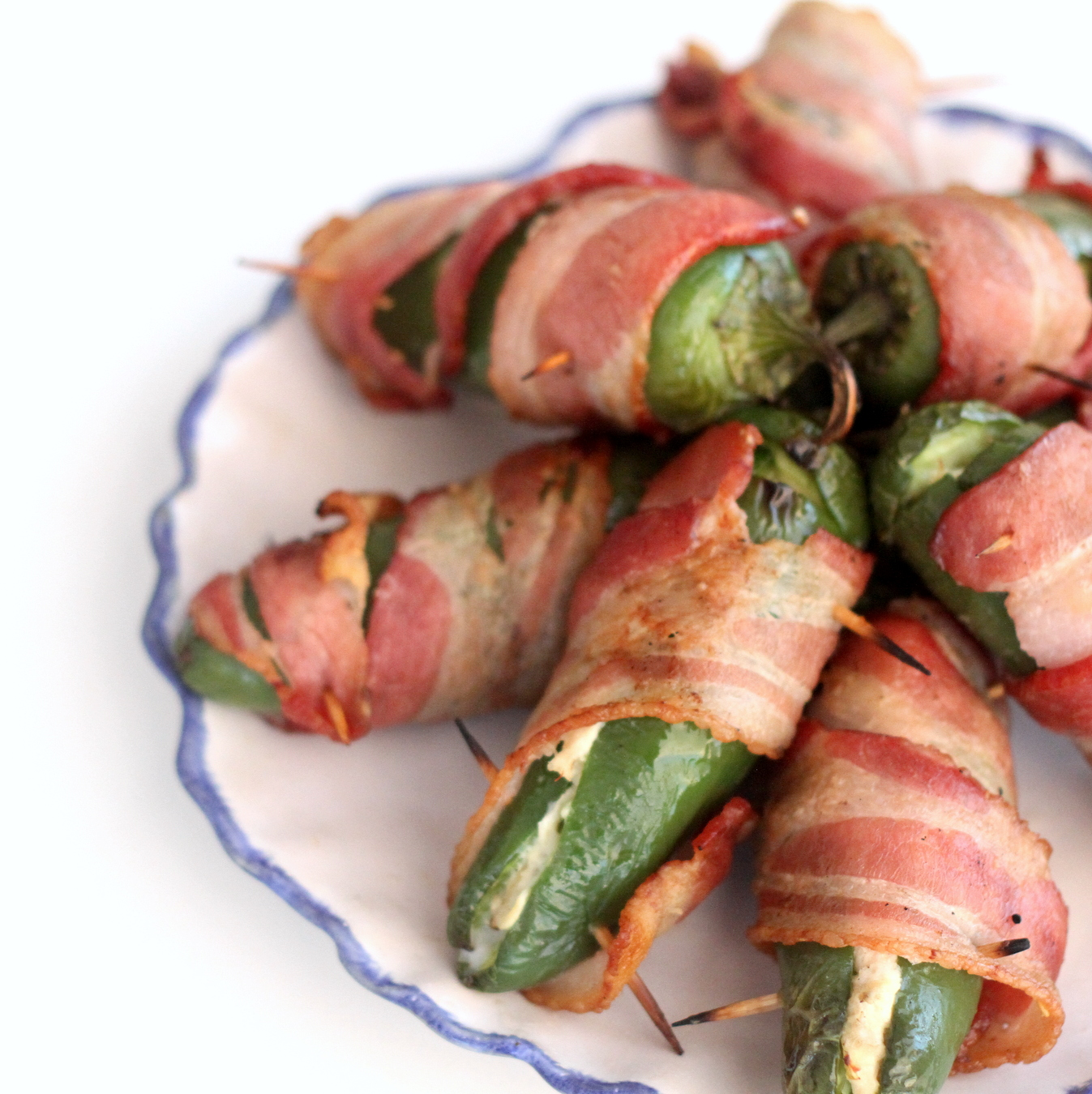 "Stuffed jalapeño ""texas rockets "" recipe (one of those crowd pleaser recipes that's great to have on hand!)"