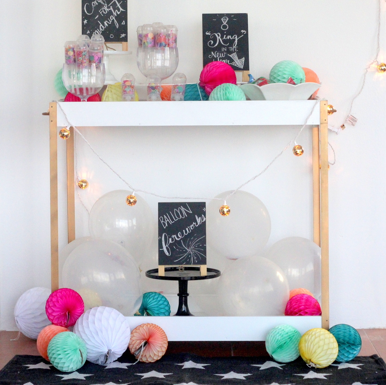 easy_festive_new_year's_party_ideas_(and_a_confetti_bar)
