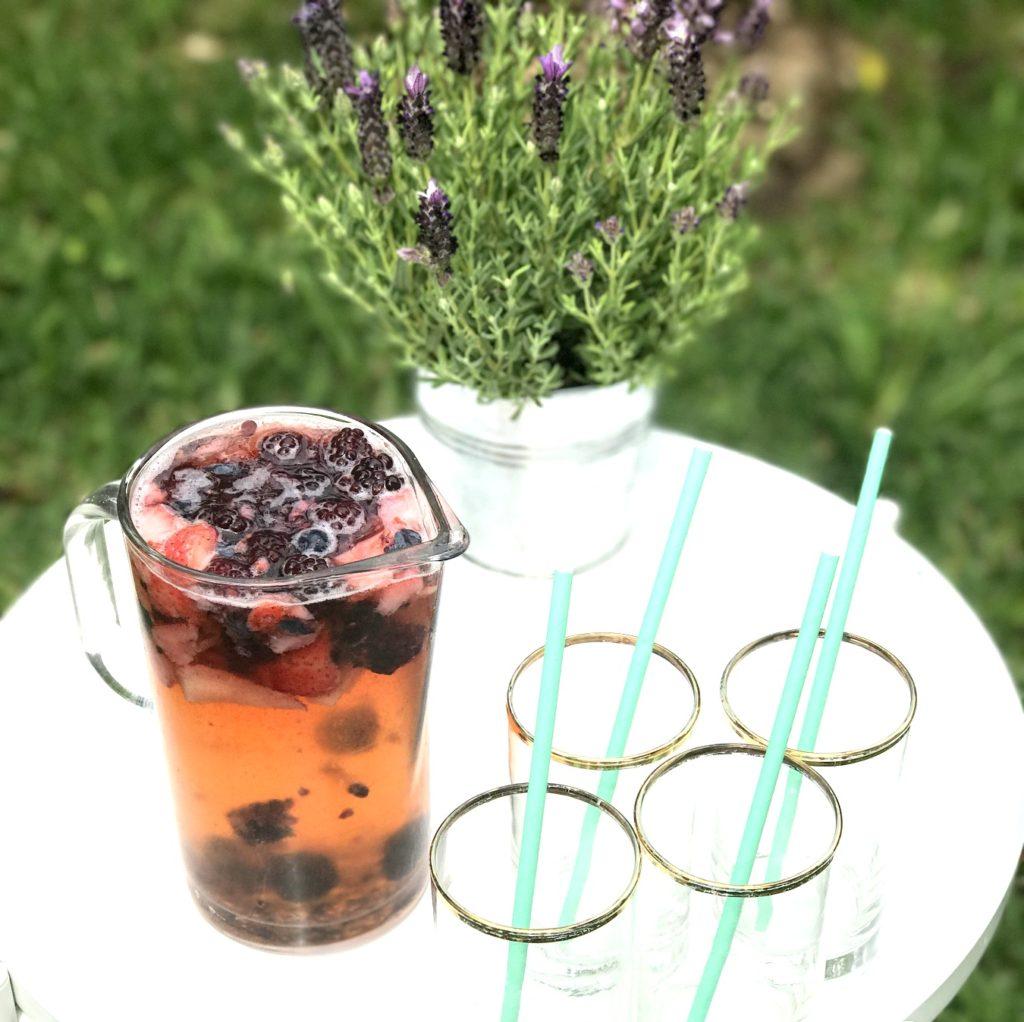 prosecco berry sangria