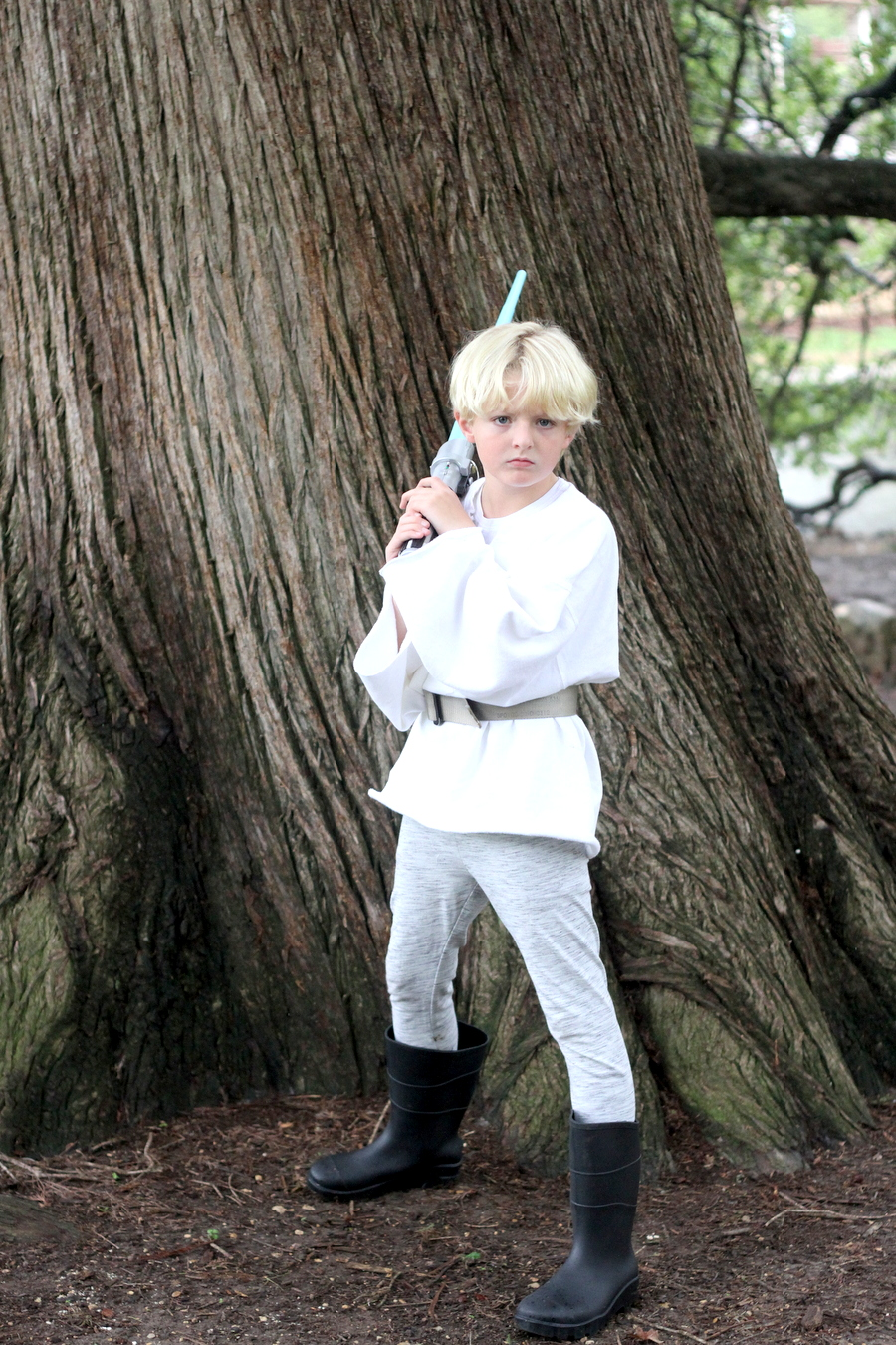 easy no sew star wars costumes- luke skywalker costume