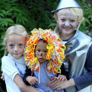 family halloween costumes- easy wizard of oz costumes