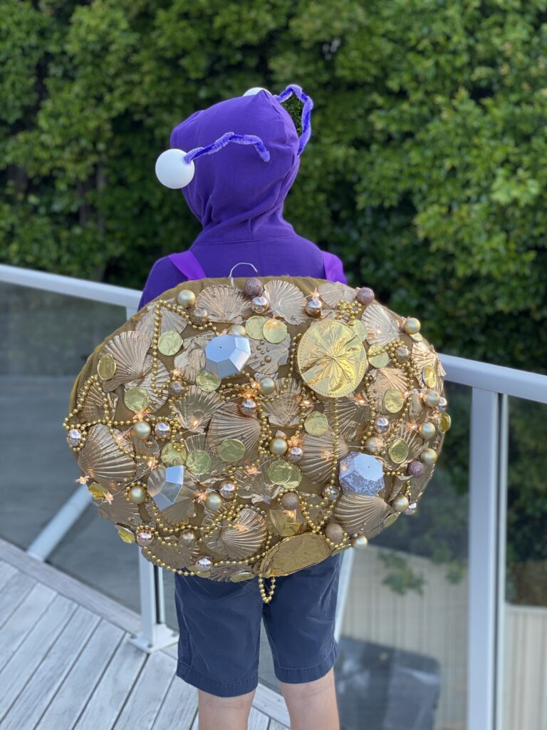 DIY moana costumes- tamatoa the shiny crab