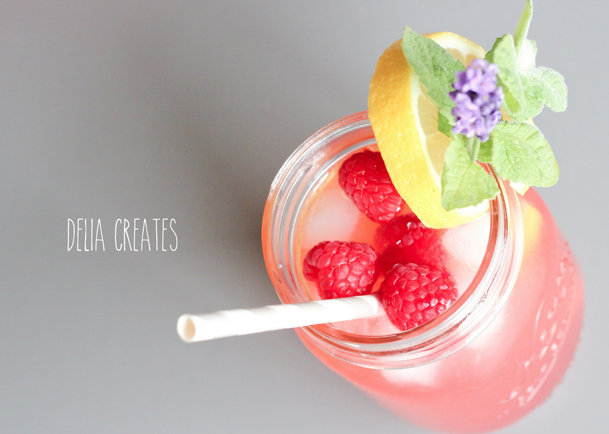 fresh raspberry lavender lemonade